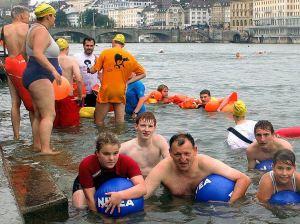 Bañistas en el Rín-Basilea